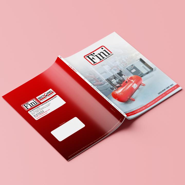 Couverture du catalogue 2021 de Fini